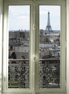 Фотообои/B коллекцияОкно в Париж 200х270 см