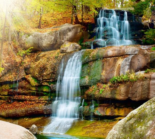 Водопад в парке 300х270 см